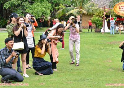 Buổi học chụp ảnh thời trang ngoại cảnh