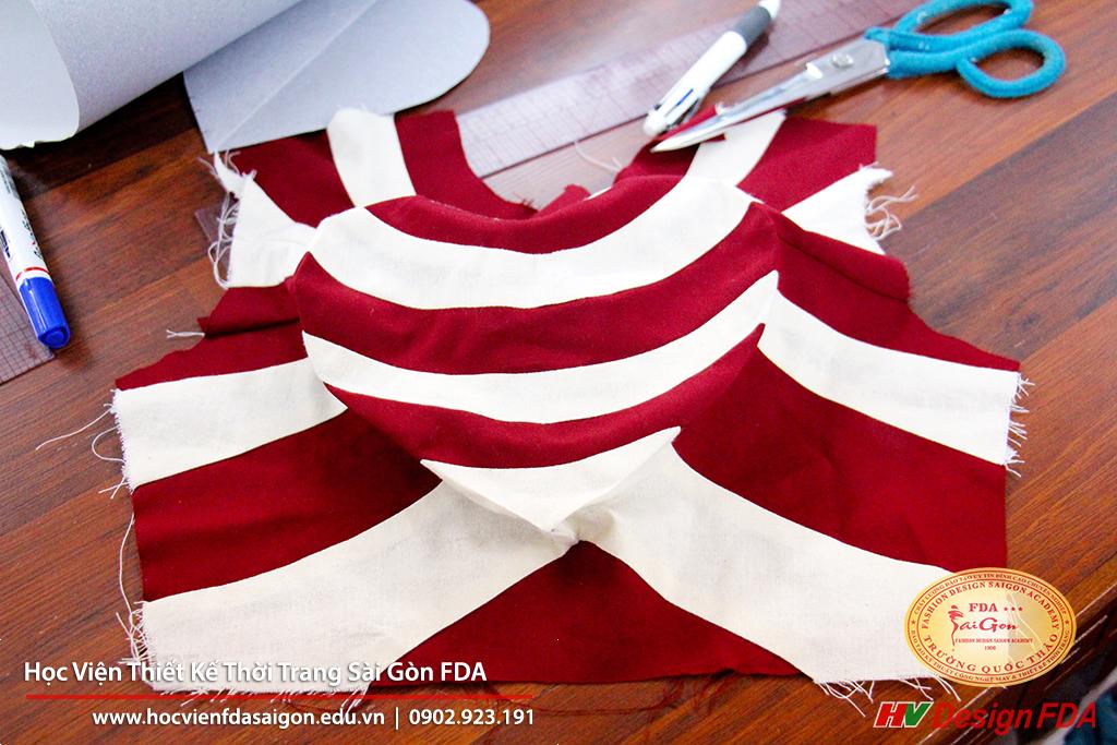 Fashion draping Thiết kế rập thời trang 3D trên Mannequin