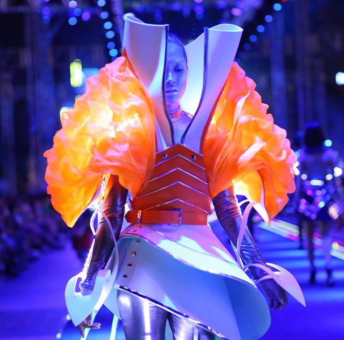 46 thiết kế cực chất của sinh viên Học Viện FDA trình diễn trong Lễ hội Thời trang và Công nghệ 2017