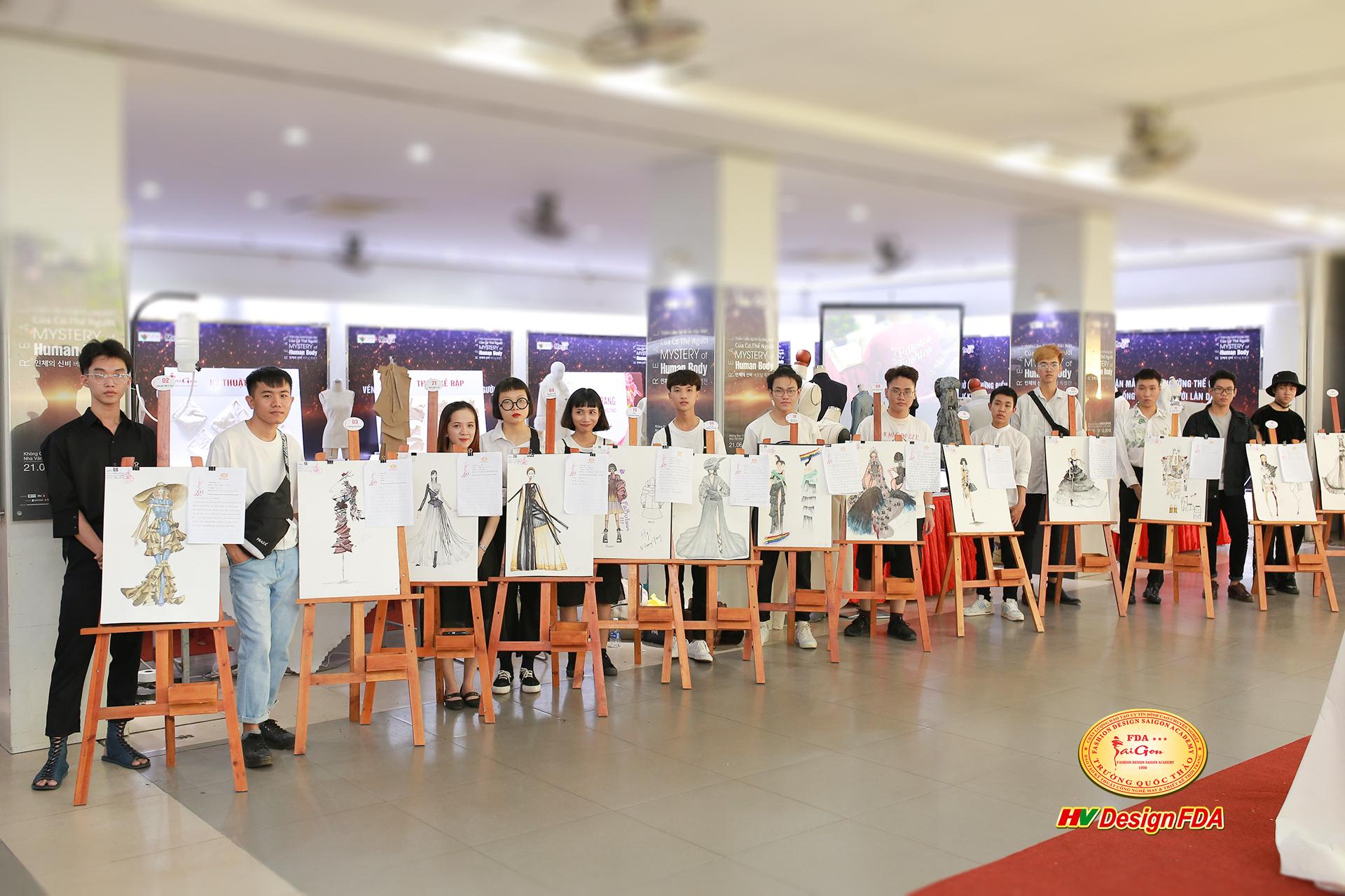 Nhà Văn Hóa Thanh Niên Thành Phố Hồ Chí Minh