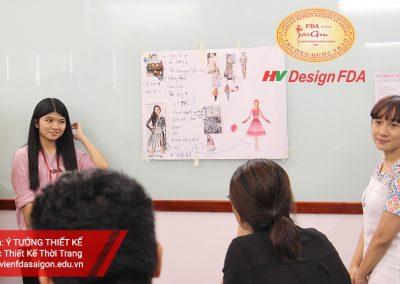 Phát triển ý tưởng thiết kế thời trang