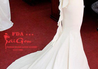 Dựng đầm dạ hội thời trang cao cấp trên mannequin